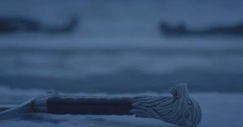 jon-snow-sword-longclaw-1554222880796.jpg