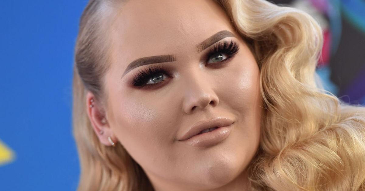What Happened to Nikkie Tutorials' Brother? Everything We Know