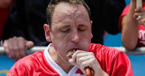 joey-chestnut-cover-1562159424236.jpg
