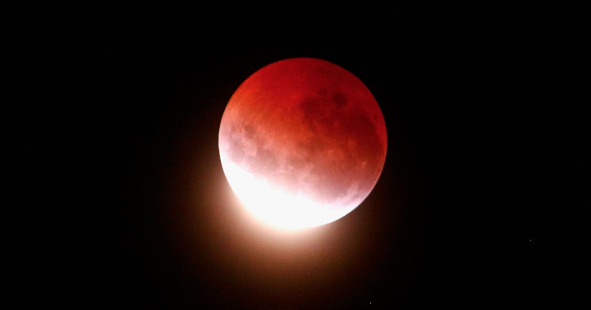 lunar-eclipse-affects-mood-1532652025865-1532652027922.jpg