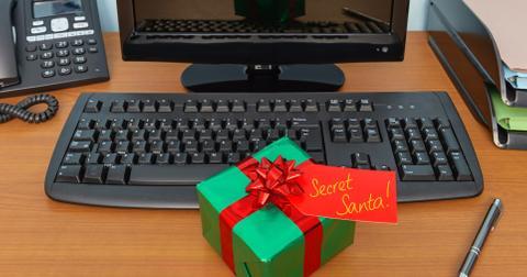 fun-ways-to-do-secret-santa-desk-1574199275833.jpg