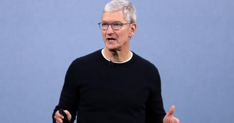 apple-tim-cook-1568302819280.jpg