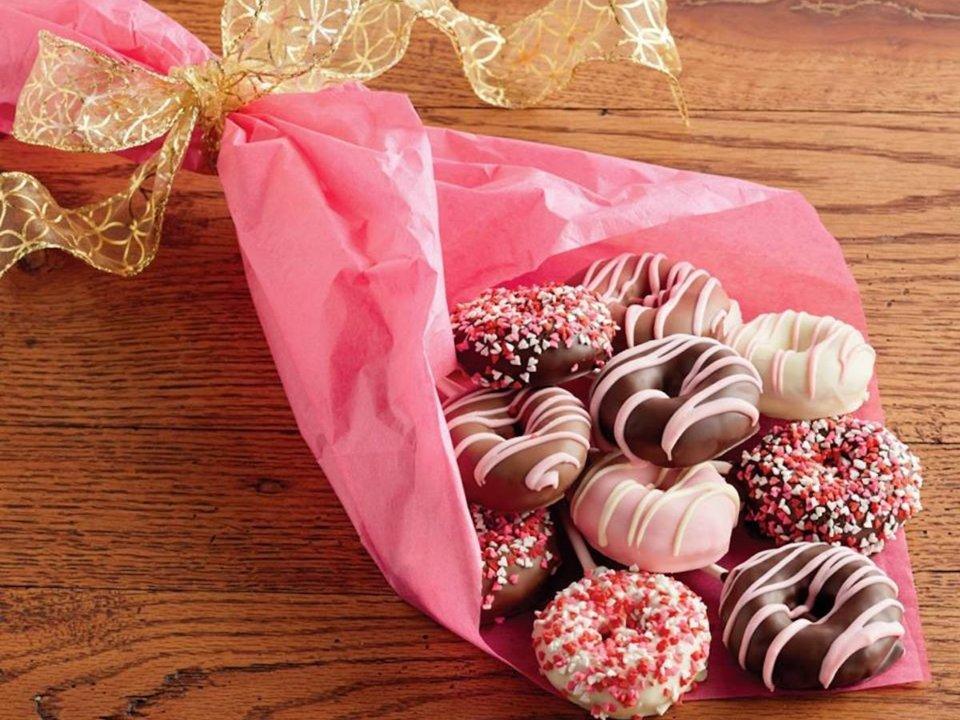 v-day-donut-bouquet-1548969520114-1548969522097.jpg