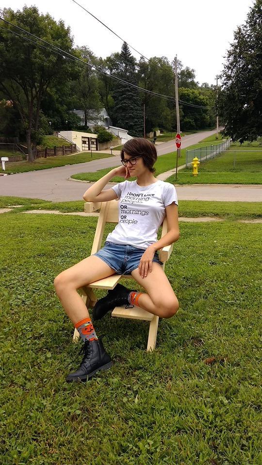 5-bi-chair-1567102371217.jpg