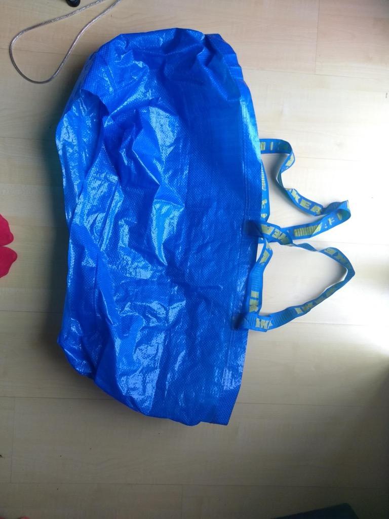 ikea-wedding-dress-bag-hack-1-1555080230193.jpg