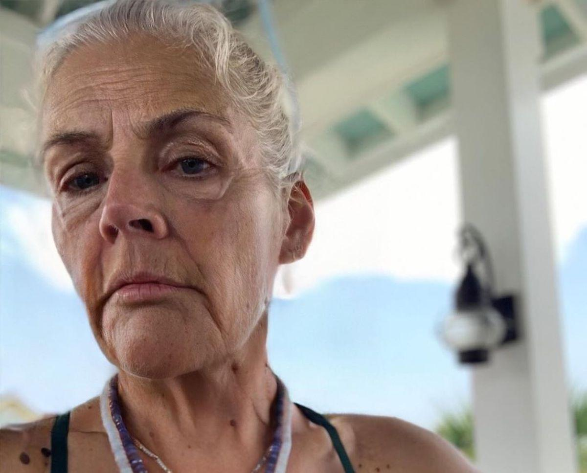 faceapp-age-challenge-busy-philipps-1563372690032.jpg