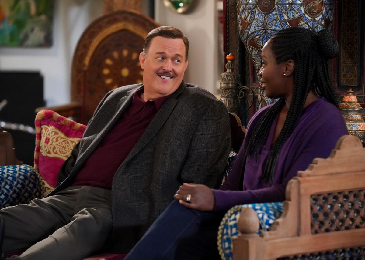 Bob and Abishola enjoying each other's company on 'Bob Hearts Abishola'.