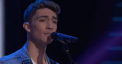 Avery Roberson Singing on 'The Voice'