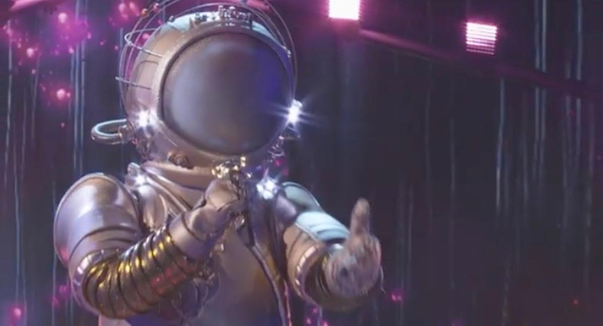 who is astronaut masked singer