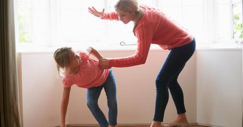 mother-hitting-young-daughter-picture-id466347903-1553537847920.jpg