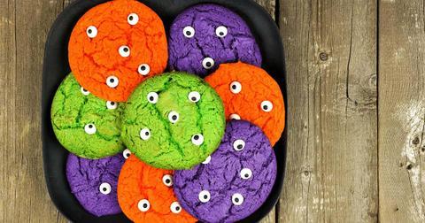 monster-eye-cookies-1571417932840.jpg