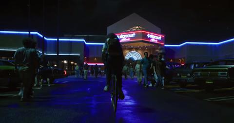 starcourt-mall-stranger-things-1553106843959.jpg