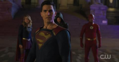 superman-lois-seris-1572381823555.jpg