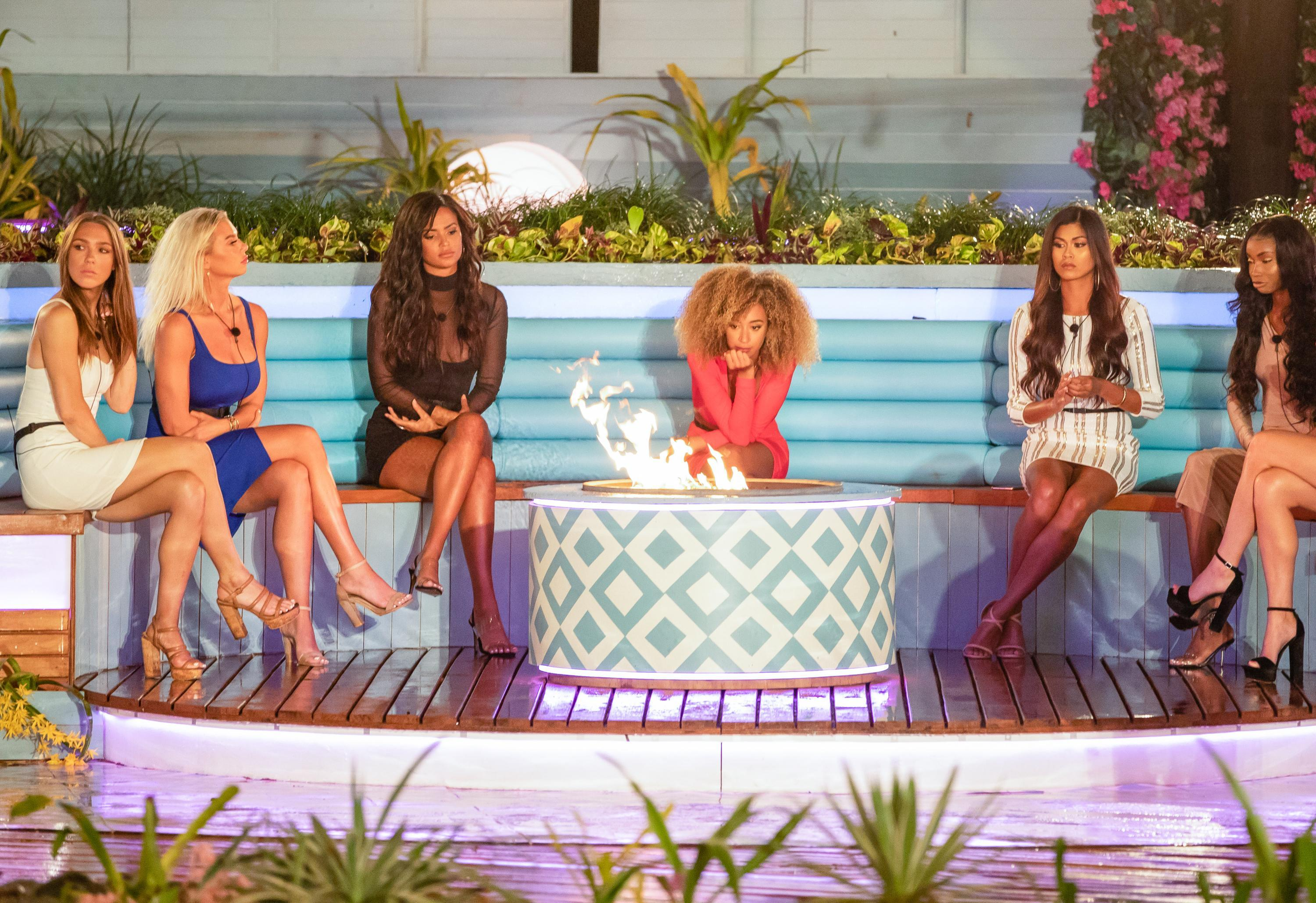ladies-love-island-usa-2019-1564761345387.JPG