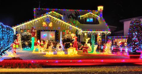 christmas-lights-near-me-1575325272890.jpg