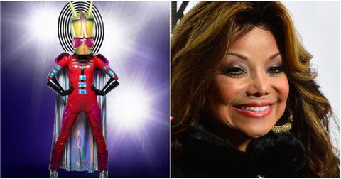 masked-singer-alien-latoya-jackson-1548864011077-1548864013352.jpg