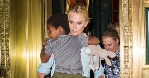 charlize-theron-kids-father-1570556112136.jpg